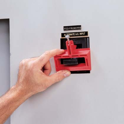 Circuit Breaker Lockouts - Lockout Tagout - Grainger Industrial Supply